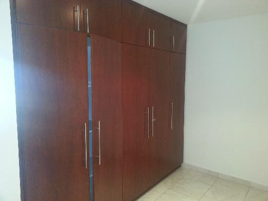 JA Oasis Beach Tower: Big Closets