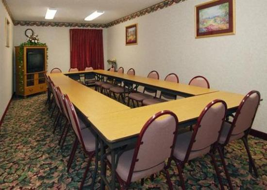 ‪‪Quality Inn & Suites Columbus‬: Meeting Room‬