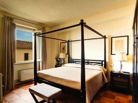 Agriturismo Borgo Casorelle: Villa Uliveta's Bedroom (1 of 4)