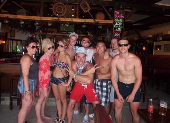 Hera Zakynthos Hotel: Round the pool bar