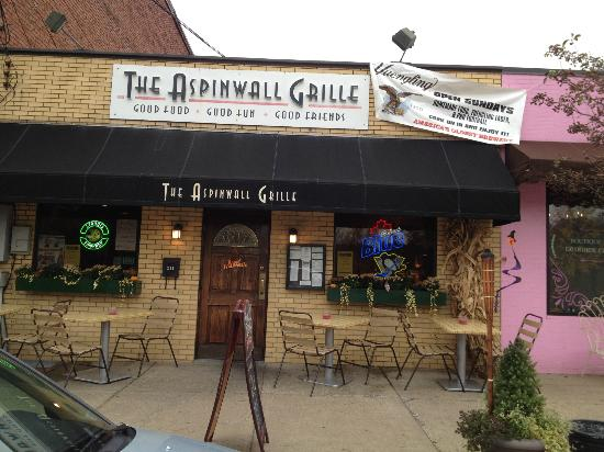 Aspinwall Grille: The Aspinwall Grill, front door