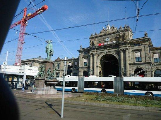 Hauptbahnhof: Entrance from Bahnhofstrasse