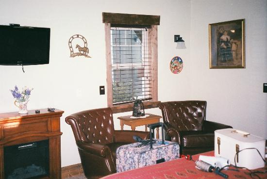 ForFriends Inn: Inside Vaquero Cottage