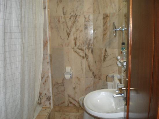 Hotel Principe Paz: Amplio, comodo y limpio