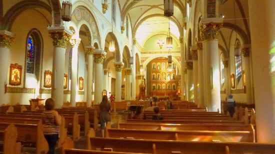Santa Fe, Nuovo Messico: Interior of catherdral