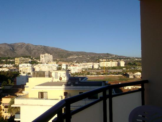Hotel Puente Real: mountain view from balcony