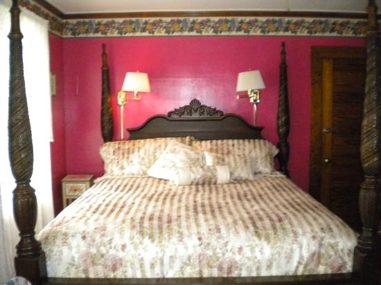 Hawkins House B & B: Carrie's Suite