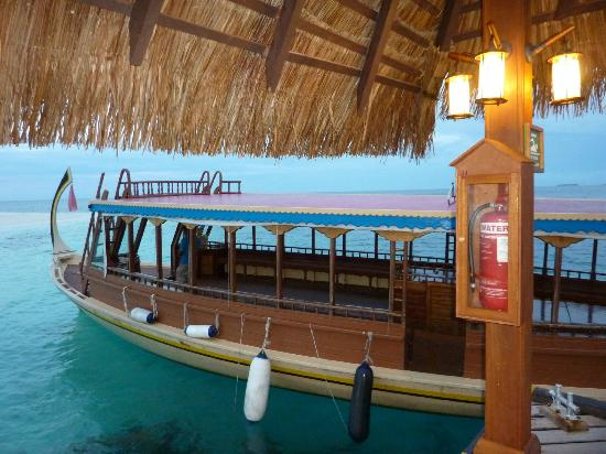 Adaaran Club Rannalhi: boat for sunset cruise