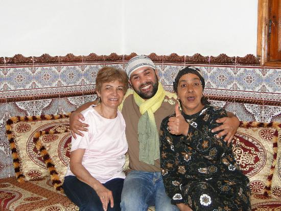 Maison d' Hotes de la Cite Portugaise d'El Jadida : Dans le salon avec nos hôtes