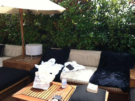 Hotel 1898: Hotel Lounge Area
