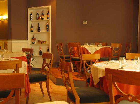 Hotel Principe di Villafranca: Salon comedor