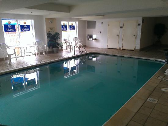 Comfort Inn: Nice pool and hot-tub