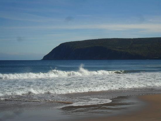 Cabot Trail : cape smokey from the ingonish beach