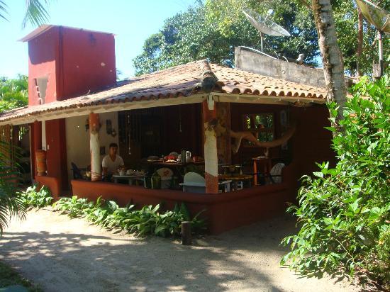 Sitio Sao Francisco - Pousada de Charme: Vista da varanda onde é servido o café