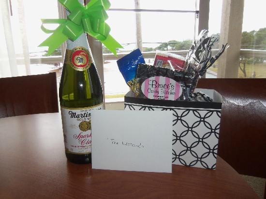 The Wayside Inn: special occasion gift set
