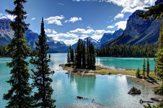 How To Get To Spirit Island Maligne Lake