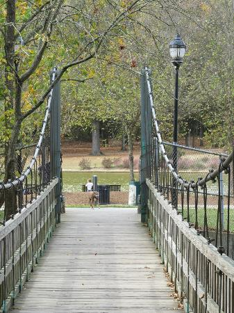 Freedom Park: Bridge from the lake to the Charlotte Nature Museum