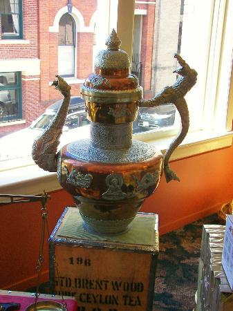 Murchie's: Tea Pot