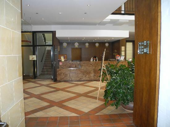 Daugirdas Hotel: Flot Bar