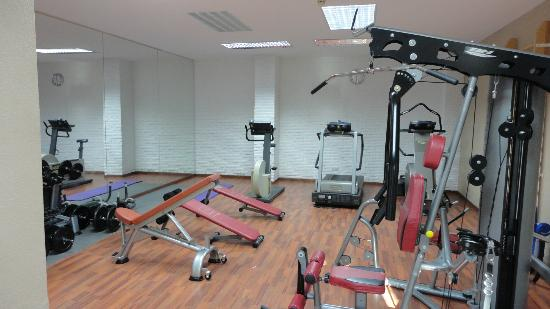 IFA Catarina Hotel: Salle de sports