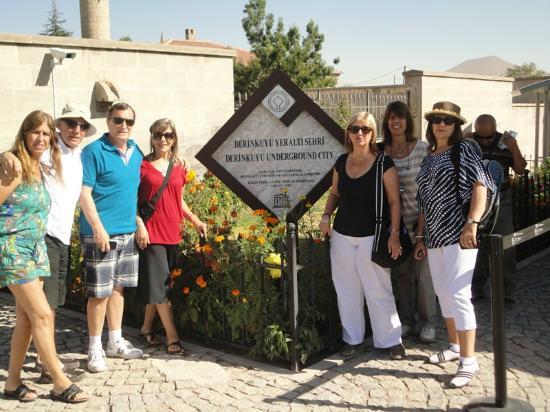 Road Runner Travel - Day Tours: Cappadoçia, Derinkuyu Underground City