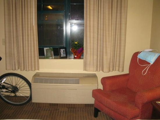 Extended Stay America - Long Island - Bethpage: Chair