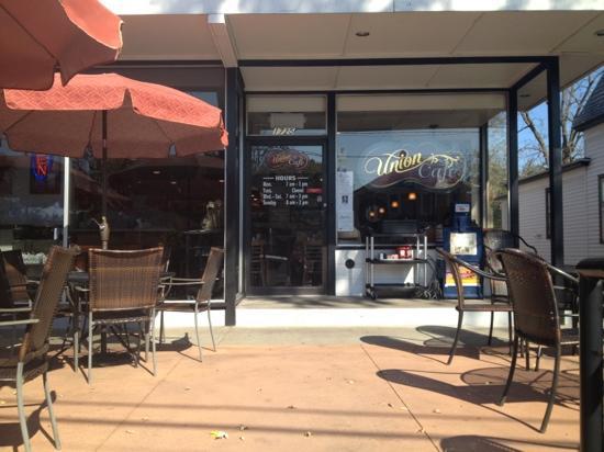 Union Cafe : Outdoor Patio