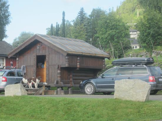 Fagernes Campingpark: Different cabin on grounds