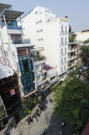 Maison D'Hanoi Hanova Hotel: Blick aus dem Zimmer