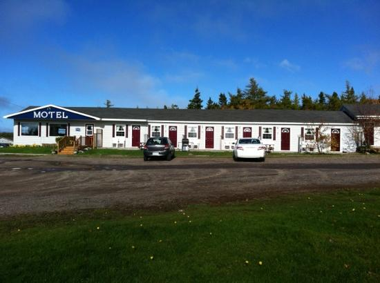 Cheticamp Motel: first half of the motel 