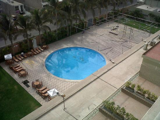 Casa Andina Select Chiclayo: Vista de la piscina