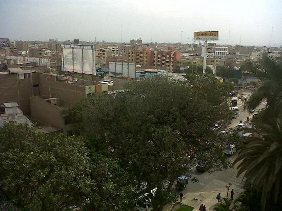 Casa Andina Select Chiclayo: Vista de la ciudad desde el Piso 7