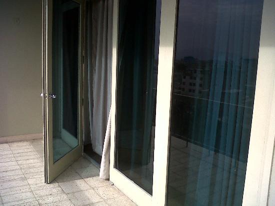 Casa Andina Select Chiclayo: Desde el balcón de habitación