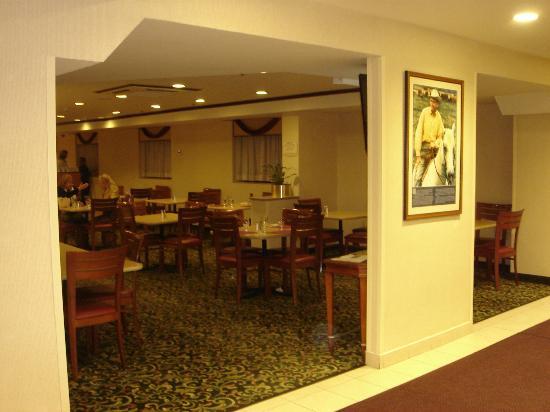 Fairfield Inn New York JFK Airport: レストラン