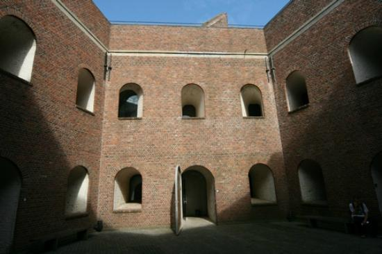 Fort Napoleon : Inside court