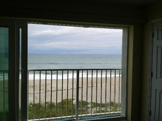 Tuckaway Shores Resort: From the living room in our suite.