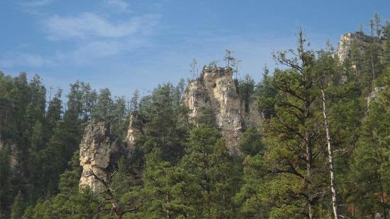 Spearfish Canyon: More Rock faces on the side of the canyon