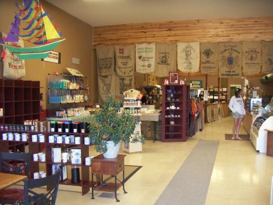 Morning Glory Coffee & Tea : Innenaufnahme Lokal und Tische