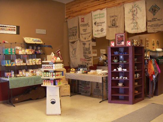 Morning Glory Coffee & Tea : Innenaufnahme Ecke mit Produkten