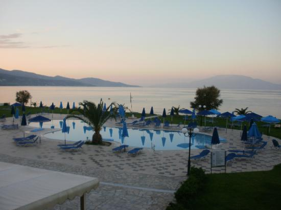 Alykanas Village Hotel: View from balcony in the evening (room 165)