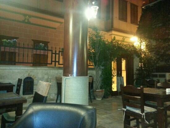 Otantik Butik Otel: dekoru kadar personeli de sahane ve sicakkanli