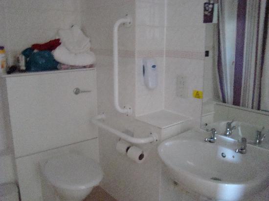Premier Inn Hayle: Badezimmer
