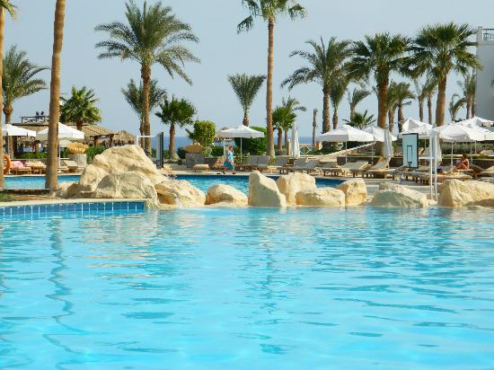 Hilton Sharm Waterfalls Resort: pool