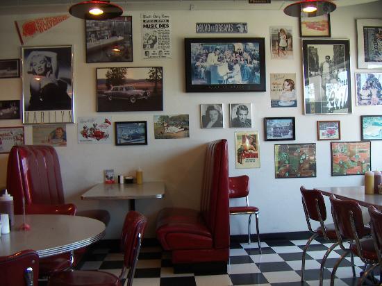 Canyon Street Grill : Inneneinrichtung
