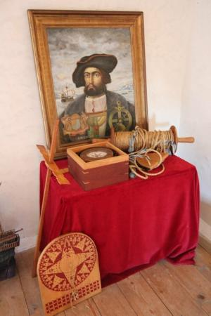 Jacques Cartier Manor House : Objects he used while navigating