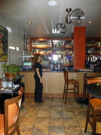 Hotel Andaluz: Bar area and Hostess Zulma