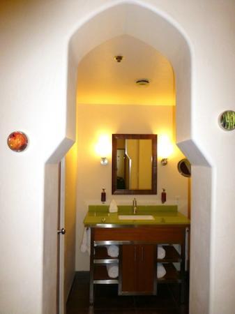 Hotel Andaluz: Bath - Suite #1