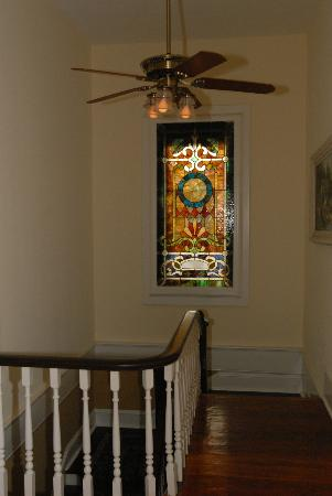 Coastal Dreams Bed & Breakfast: Stained glass