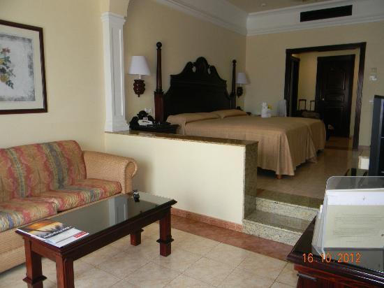 Habitaci n fotograf a de hotel riu palace riviera maya for Habitacion familiar riu playa blanca