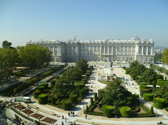 Teatro Real: View of the palace from the theatre
